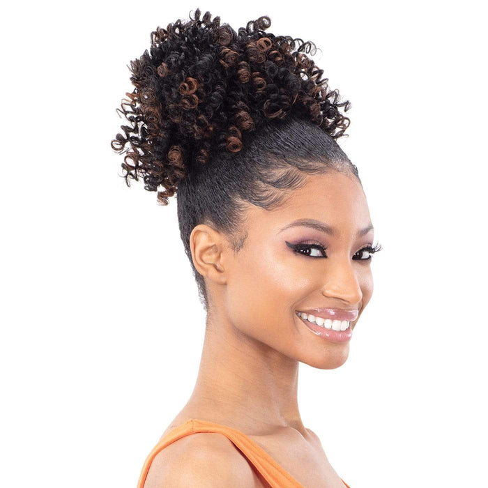 LUSCIOUS POP | Pony Pop Synthetic Ponytail - Hair to Beauty | Color Shown: TD30