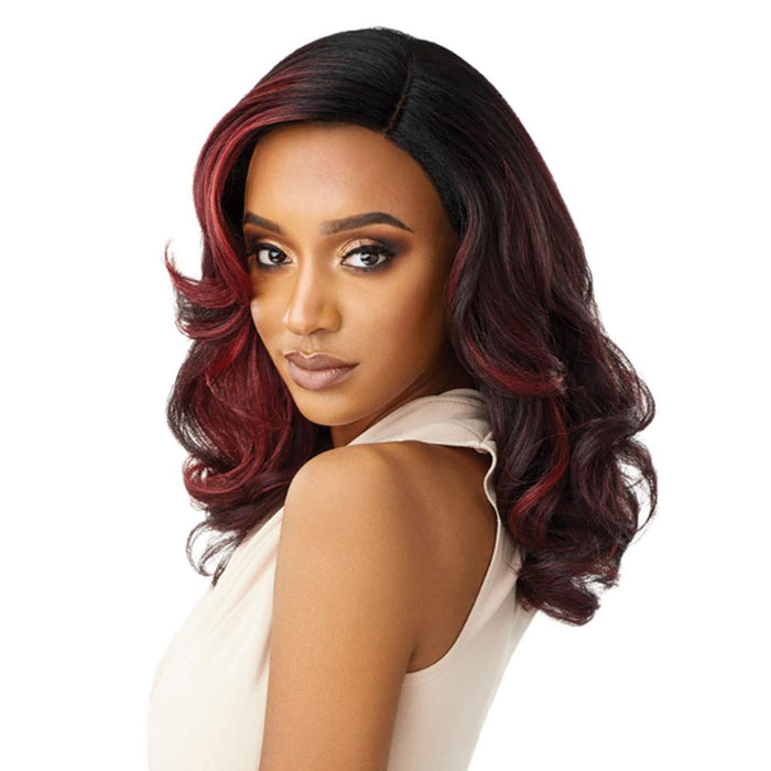 NEESHA 205 | Soft & Natural Lace Front Wig.