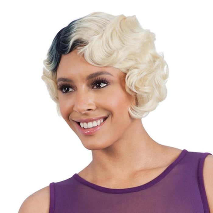 NELLIE | Synthetic Wig - Hair to Beauty | Color Shown: OM613