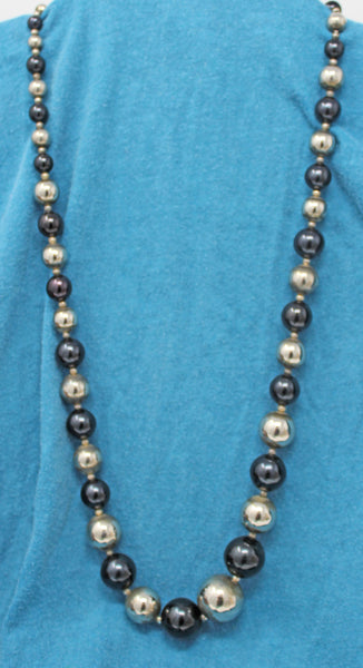Black and Silver Alternating Beads Necklace