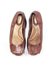 Shimmery Brown Leather Flats with Bow