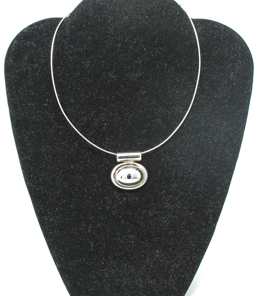 Silver Wire with Oval Pendant Choker