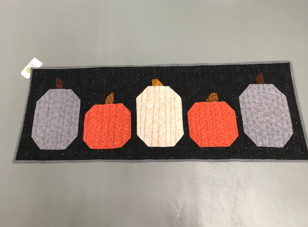 Local Quilter, Pumpkins On Parade Quilted Runner  100% Cotton quilting