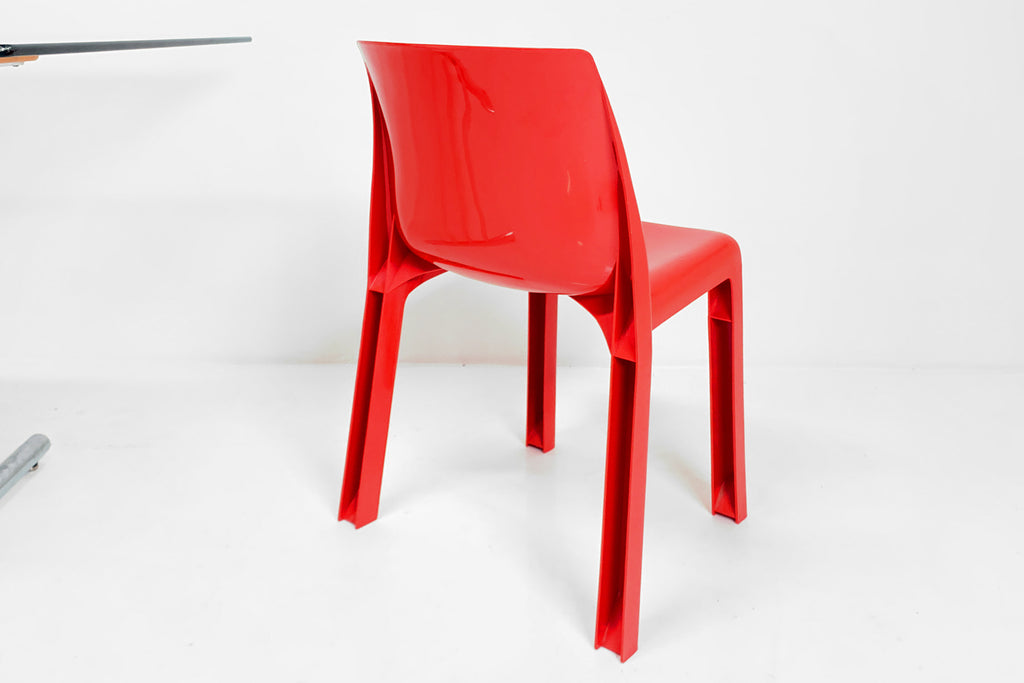 Syroco Chair