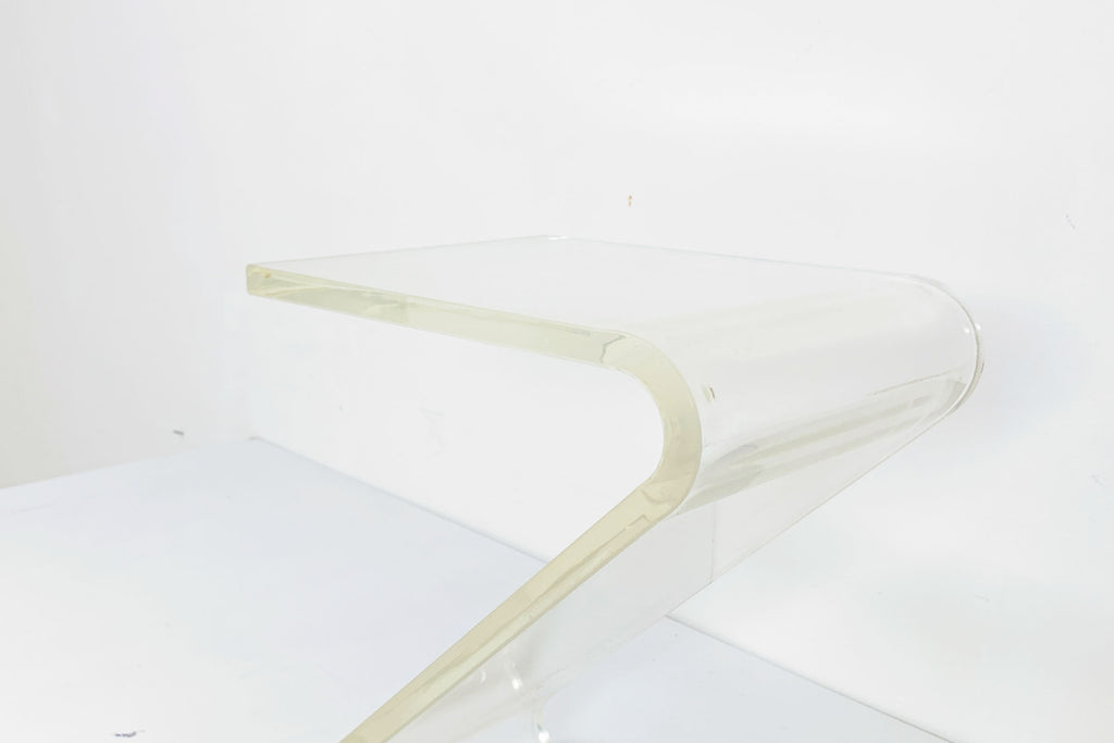 Lucite Z table