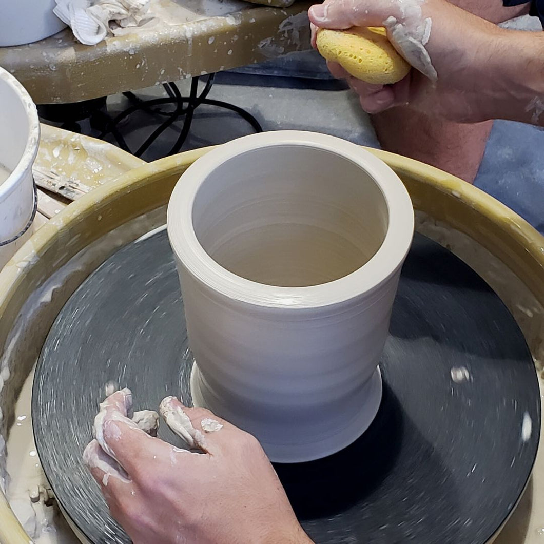 WEEKEND POTTERY CLASSES: Wheel Throwing & Hand Building(All Levels)