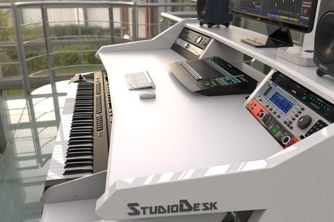 Studio Desk music workstation Music Commander
