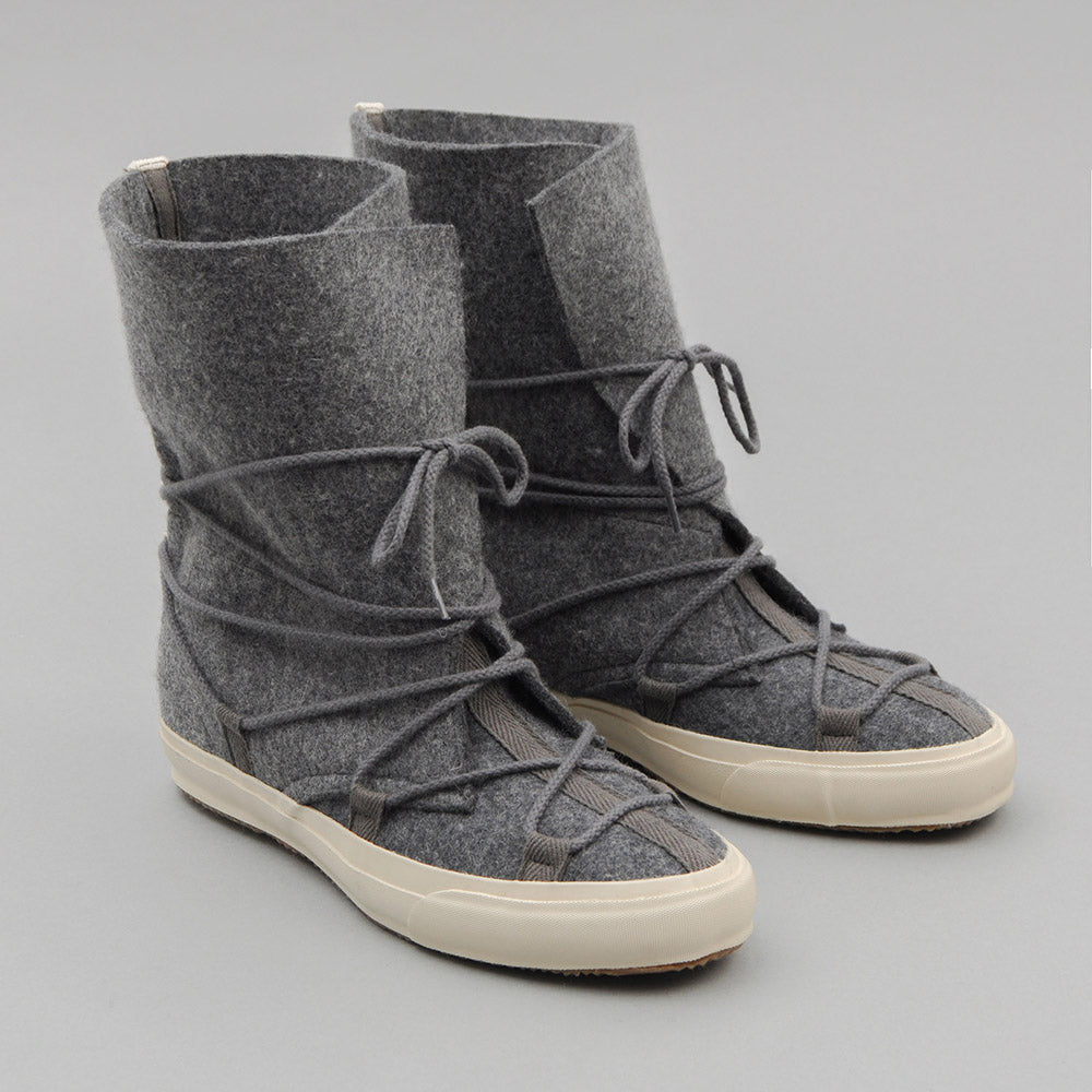 THE HILL-SIDE Cold-Weather Survival Moccasins