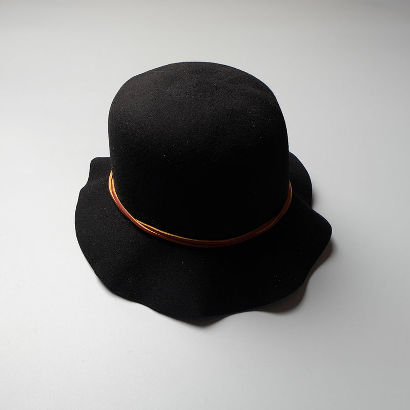 MONITALY Crushable Leisure Hat W/ Leather Cord a