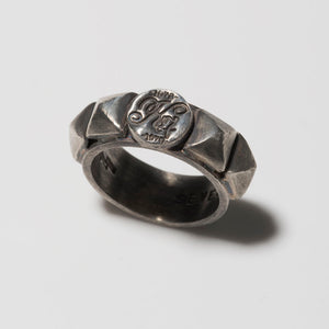 SEVESKIG Silver Ring(Square Studded)