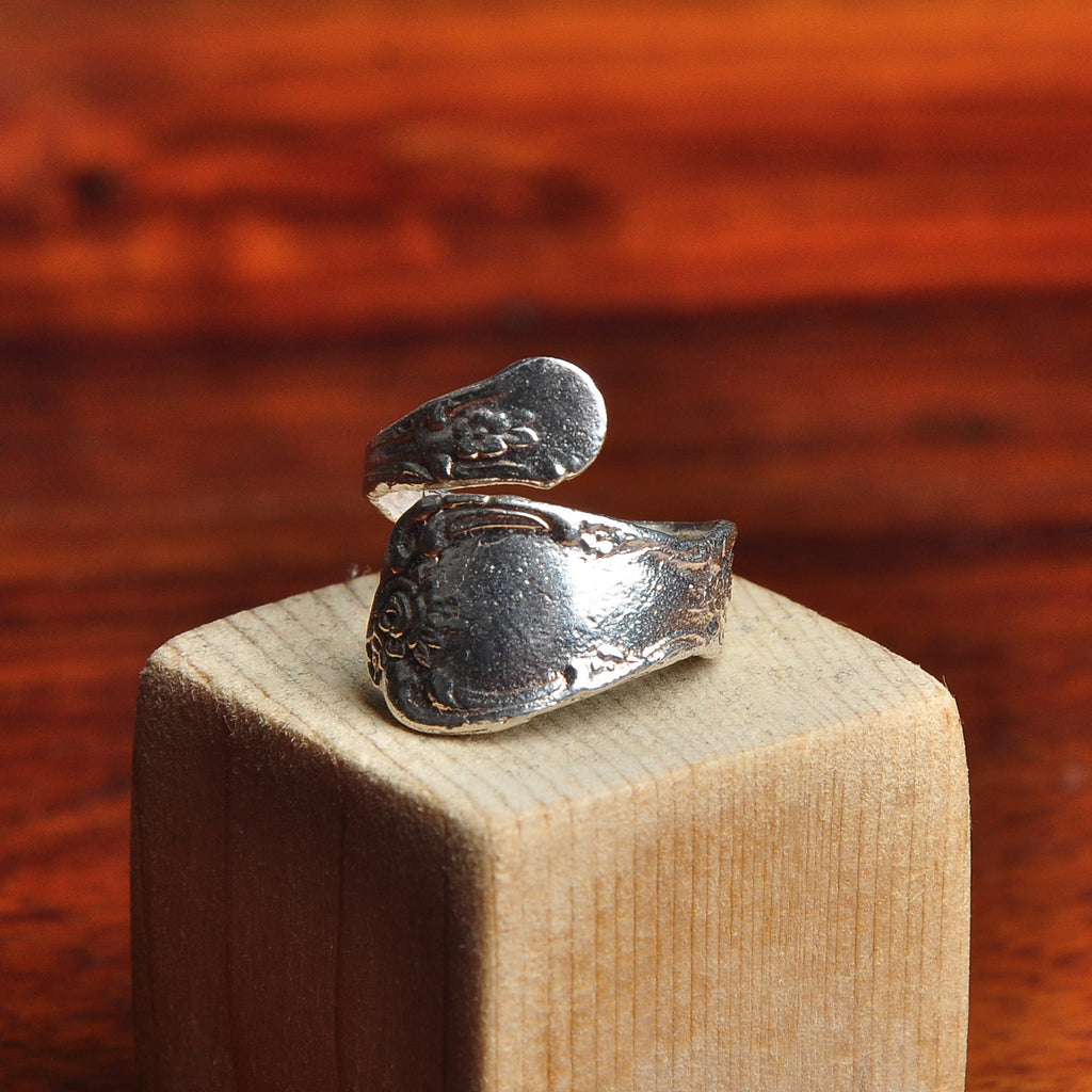 HRM 1403 GR5 Spoon Ring