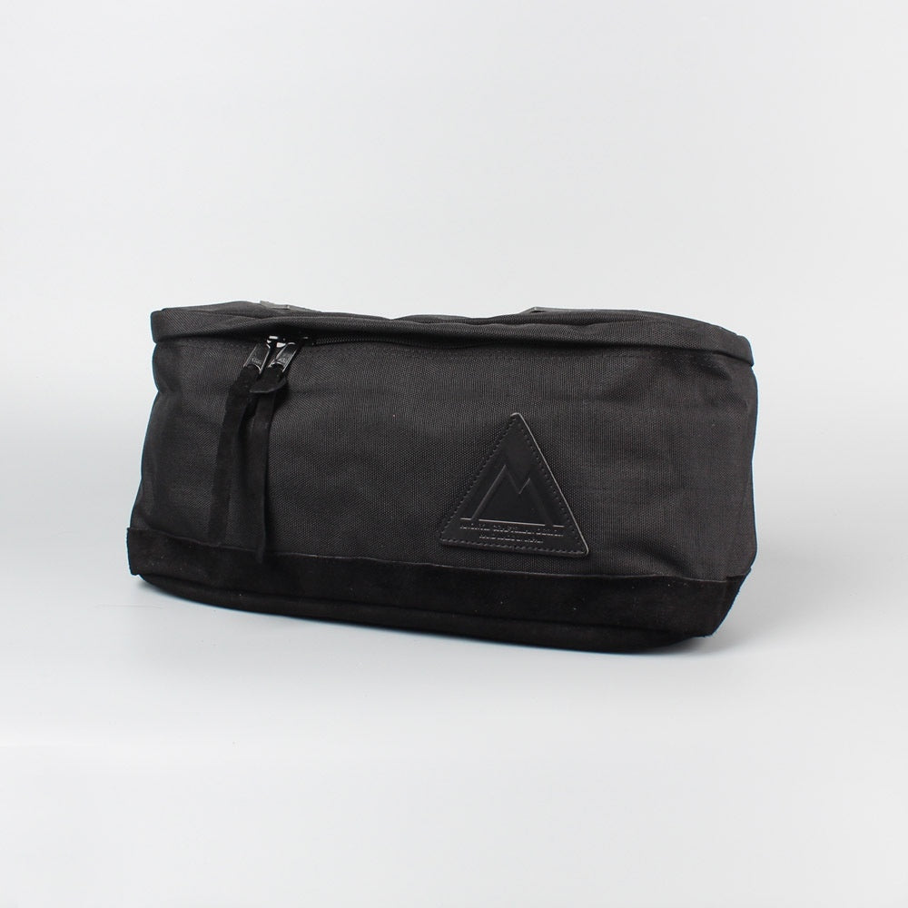 ANONYM CRAFTSMAN DESIGN Amy Bodybag