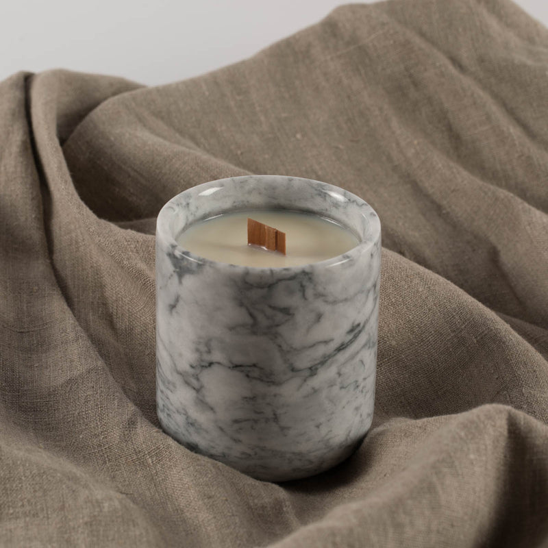 Marble wood wick candle in Mulberry and sandalwood