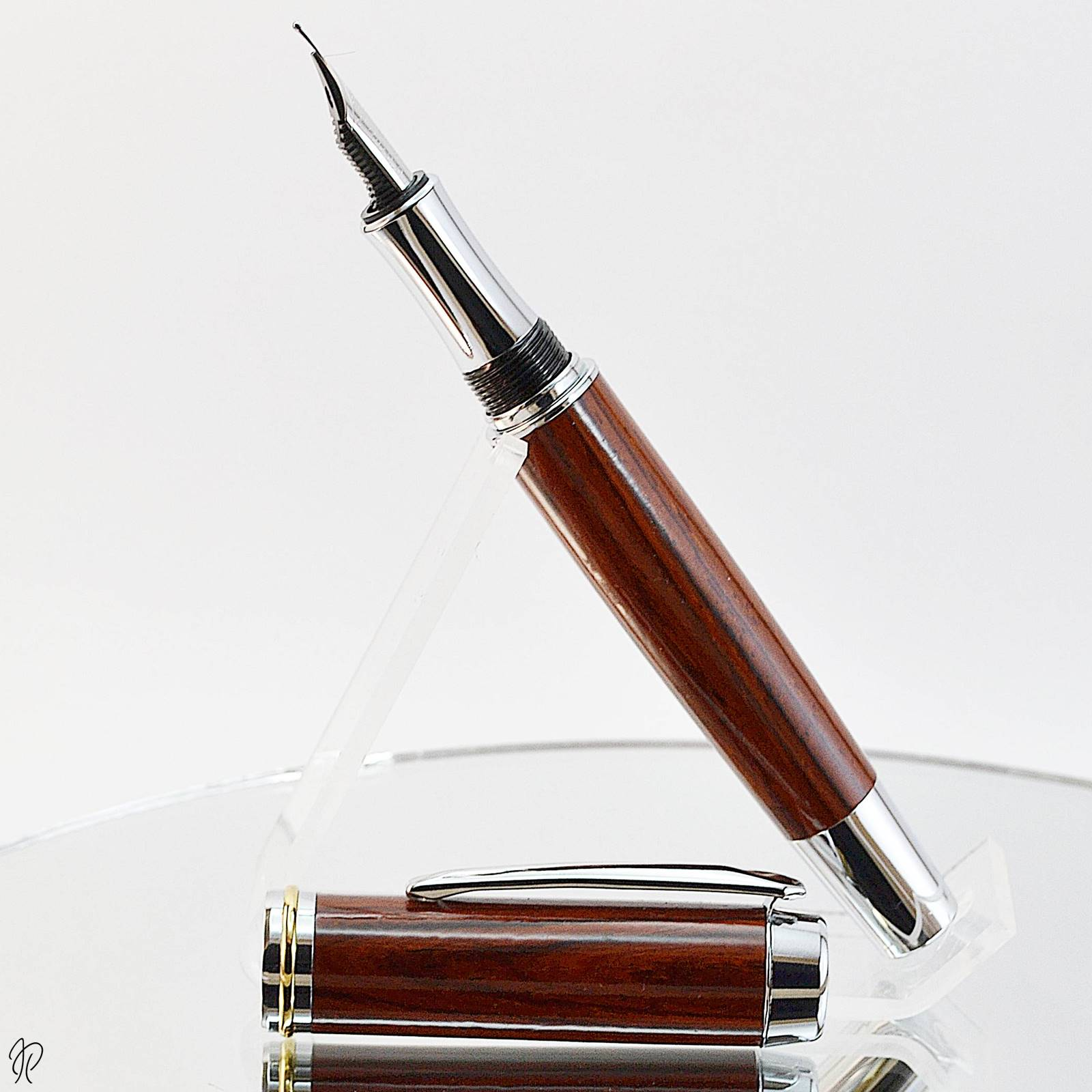 wooden fountain pen handmade in ireland by irish pens