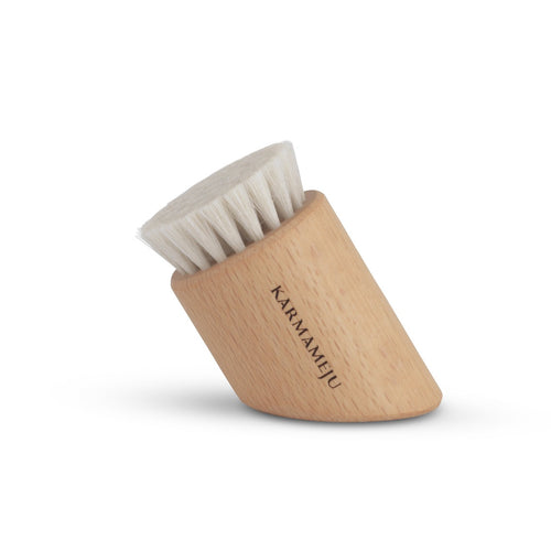 Karmameju Renew face brush 01