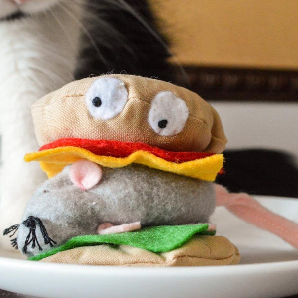 Mouse Burger Catnip Toy - 3 W cats