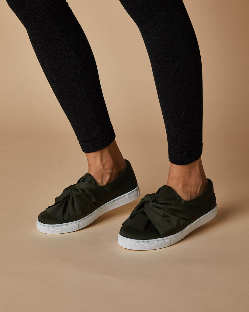 Wrap knot sneakers