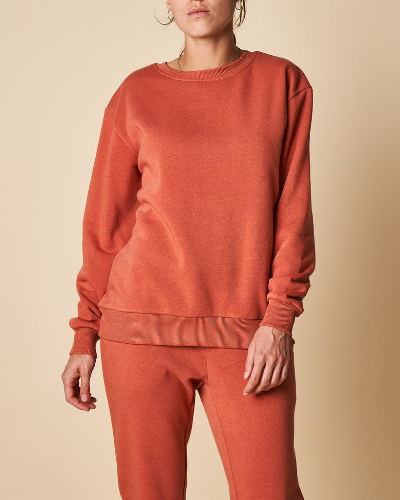 BASIC FLEECE SWEAT TOP W/ RIB CUFF & HEM