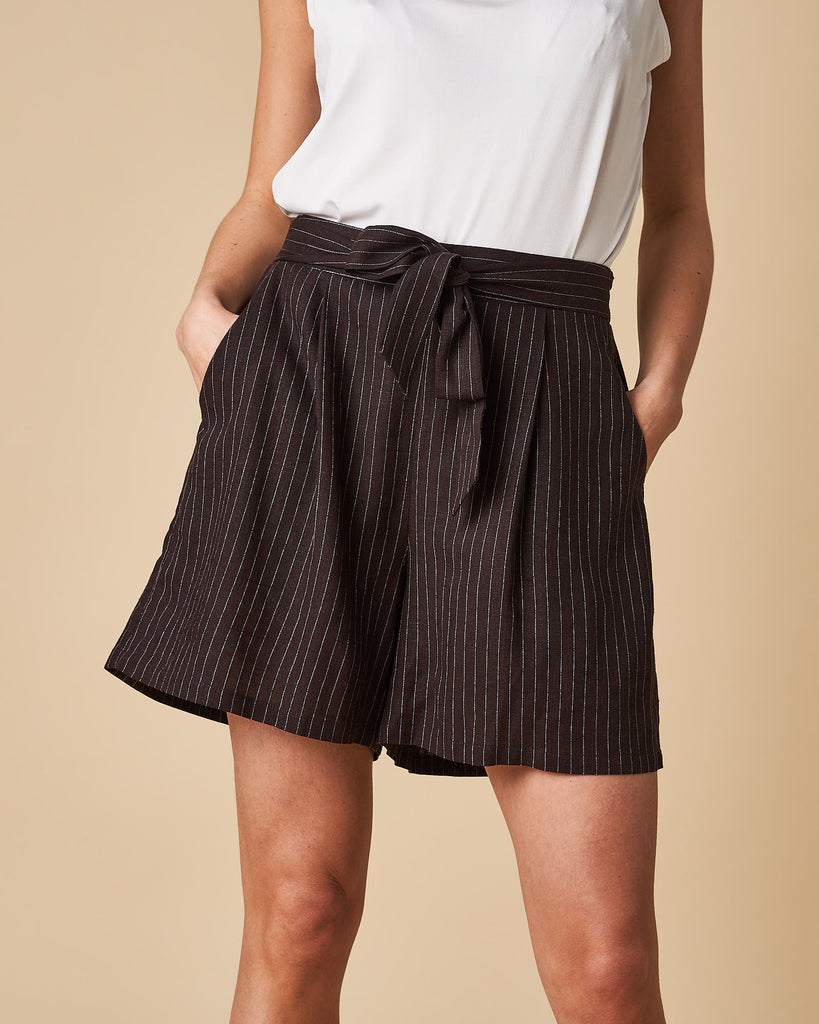 Tie Front Short - Black Thin Stripes