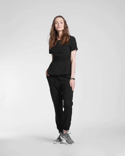 functional and comfortable scrub top in black