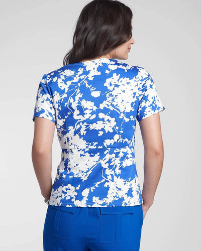 Fashion scrub top in blue floral print