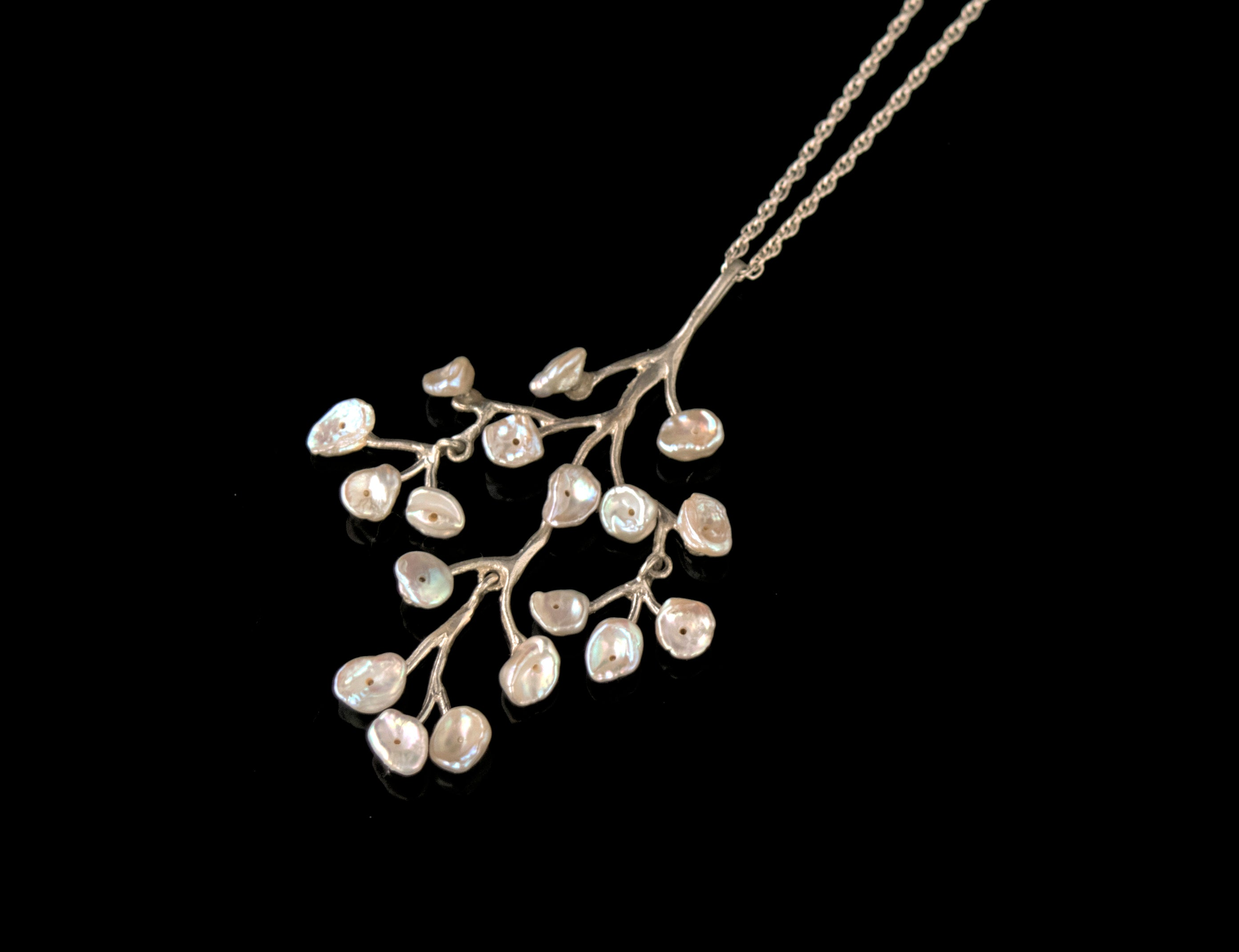 Fine Baby's Breath Chandelier Pendant