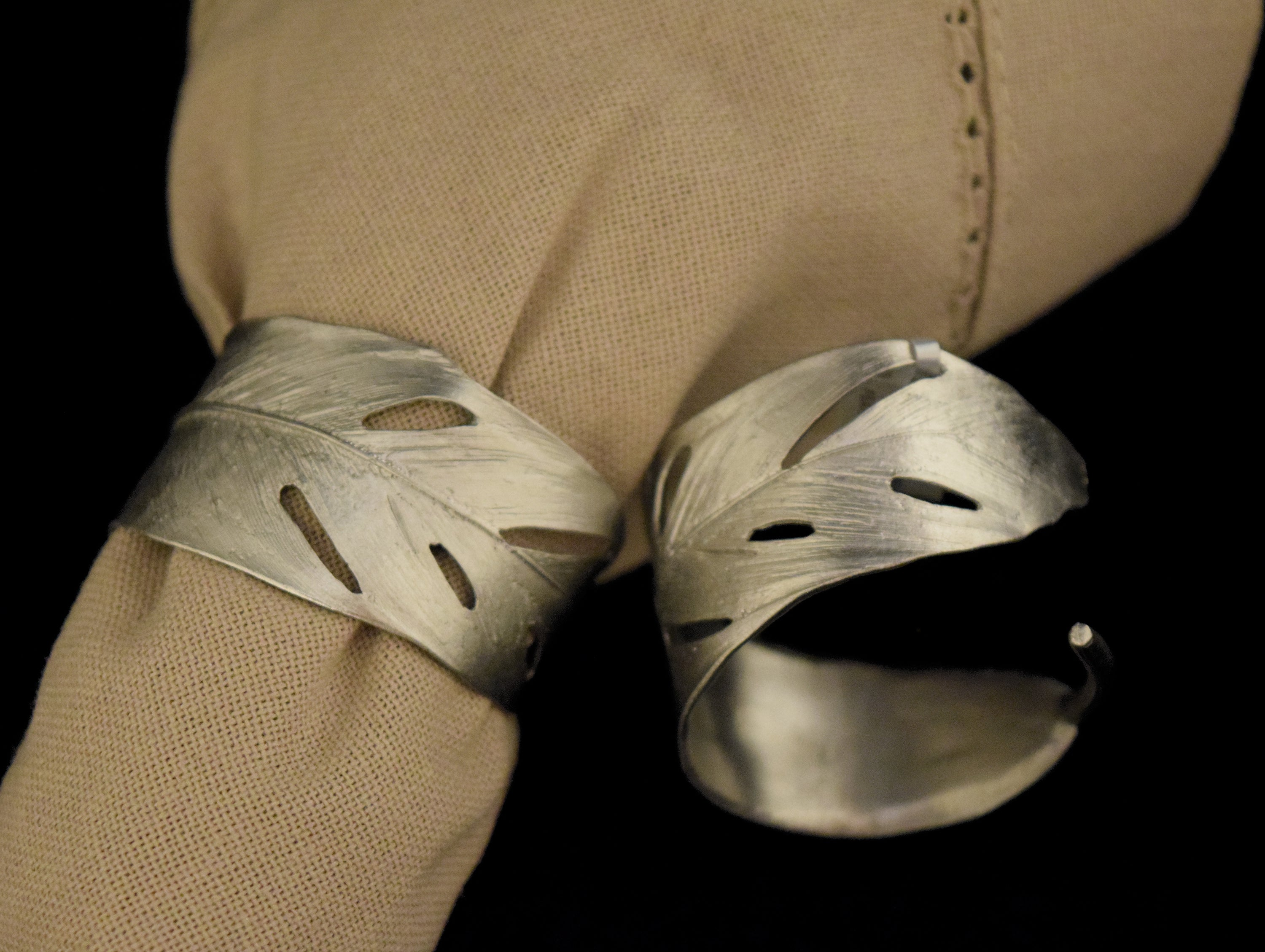 Feather Napkin Rings