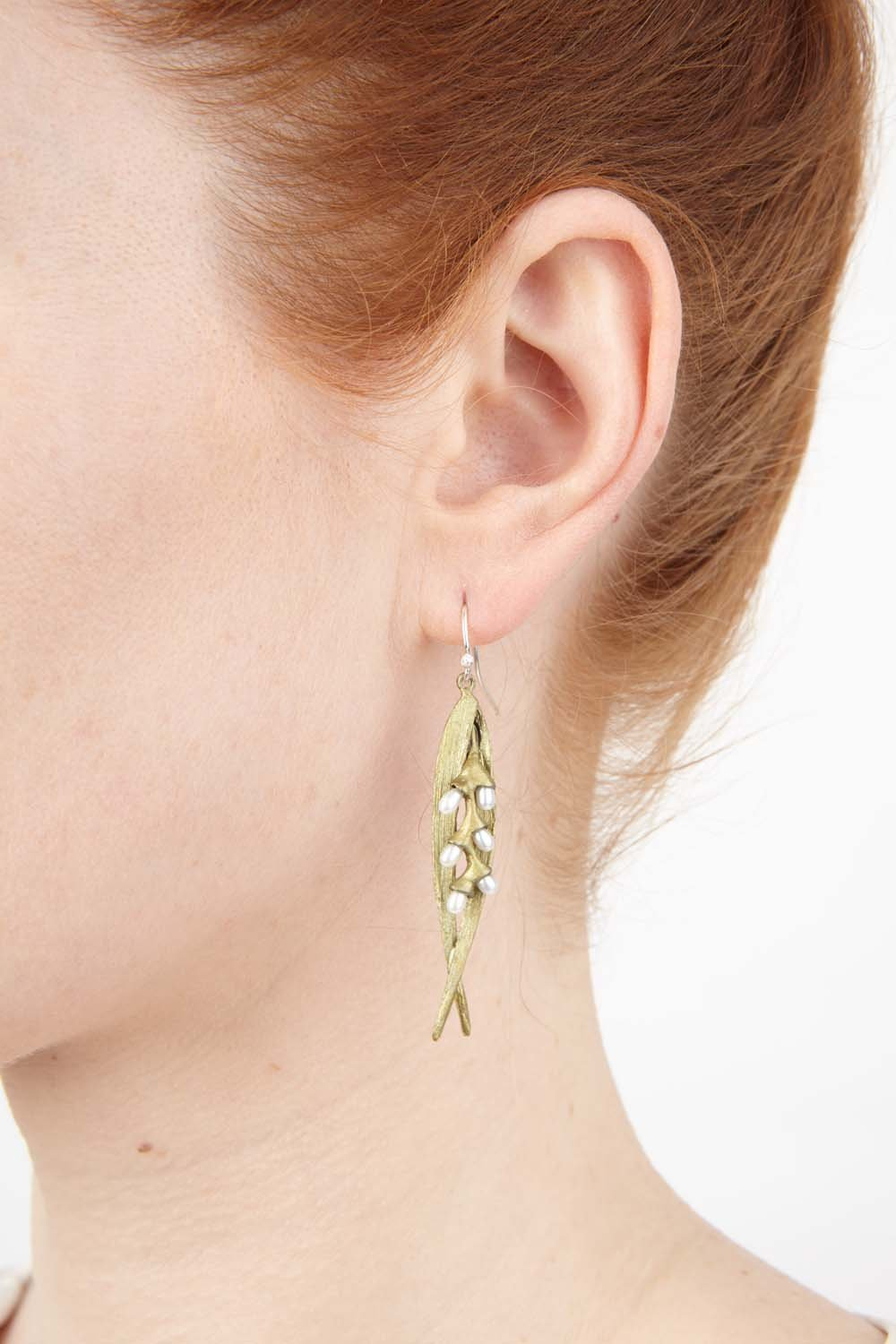 Rice Earrings - Double Leaf Pearl Wire
