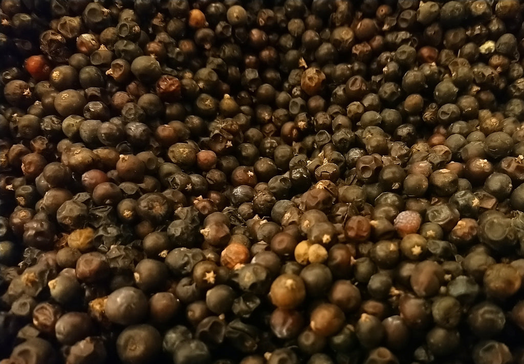 Whole Black Peppercorn