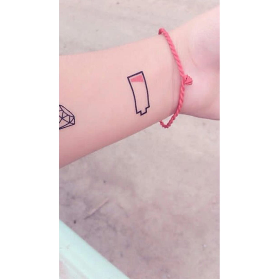 Temporary Tattoo Battery Minimalist