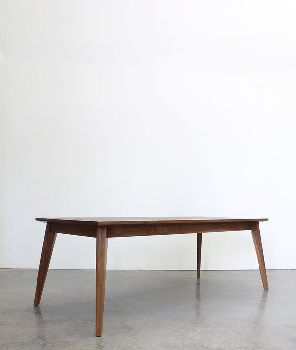 Nisse Table