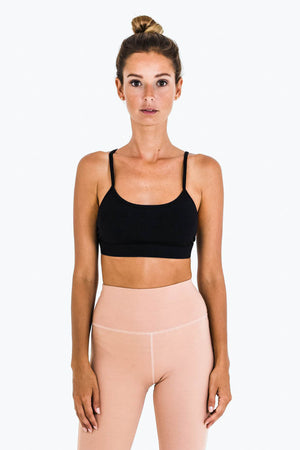 Mia yoga top - Black - Studio Kolektif