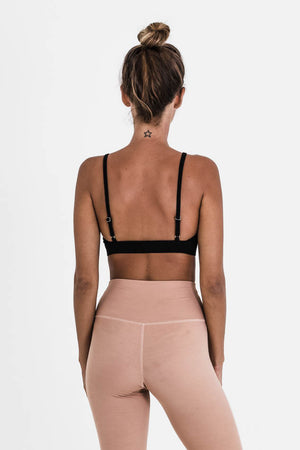 Mia yoga top - Soft Pink - Studio Kolektif