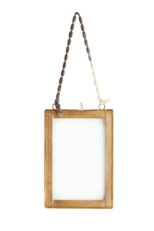 Hanging photo frame w/ brass borders - Madam Stoltz