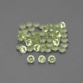 1.54 ct (total) Diamond-Cut Lively Green Peridot 2 mm