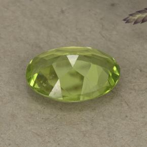 1.02 ct  Oval Facet Lively Green Peridot 7.9 x 5.9 mm