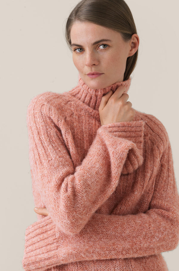 Pinea Knit T-Neck