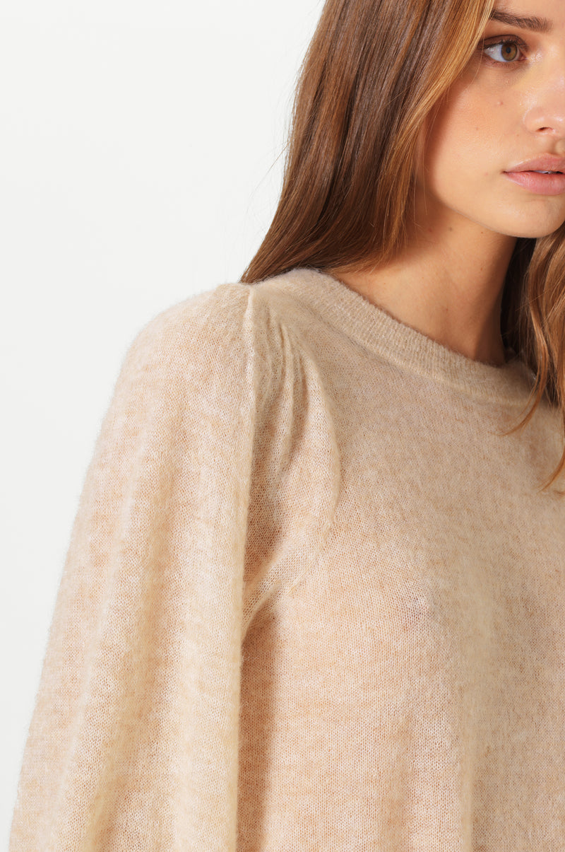 Janna Knit O-Neck