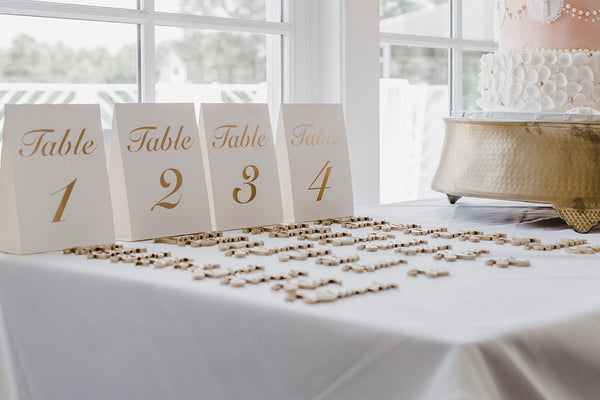 10 unnecessary things you don't need at your wedding reception