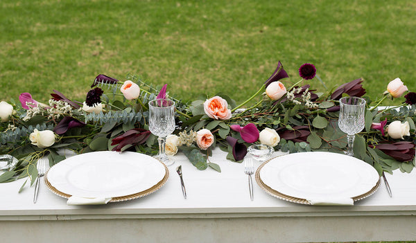 Garland ideas for decorating your wedding