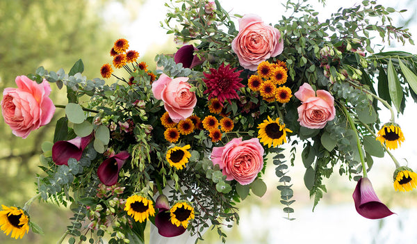 Guide to pick your perfect seasonal wedding flowers
