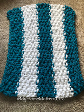 Load image into Gallery viewer, Chunky Blanket - Teal and White Kids's Size