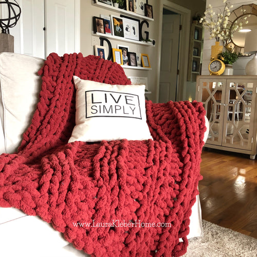 Chunky Blanket in Burgundy