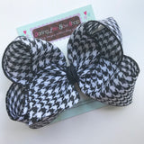 "Houndstooth bow, houndstoothl hairbow -- 4-5"" or 6-7"" lightweight bow - Darling Little Bow Shop"