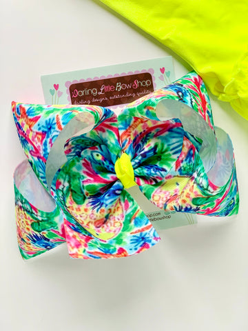 "Lilly Pulitzer Seas The Day bow in vibrant colors 4-5"" or 7"" - Darling Little Bow Shop"