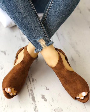 Solid Peep Toe Buckled Wedge Heeled Sandals