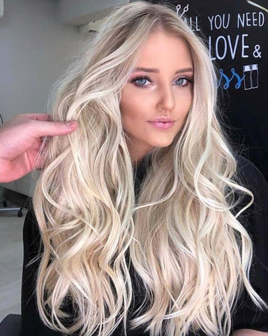 22 inches Long Wavy Light Blonde Ombre Hair Wigs Middle Part Natural Synthetic Wig