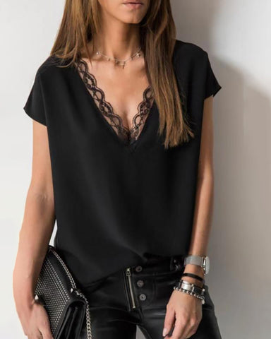 V-neck Lace Detail Short-Sleeved T-shirt