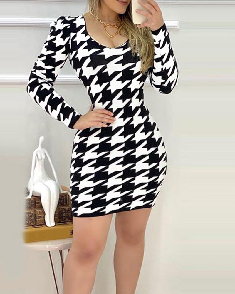 Long Sleeve Houndstooth Bodycon Dress