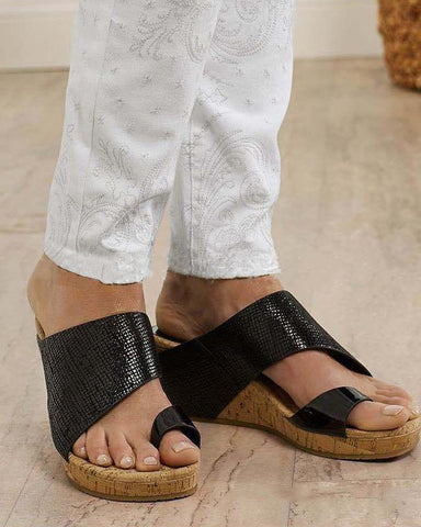 Textured Toe Strap Wedges Sandals